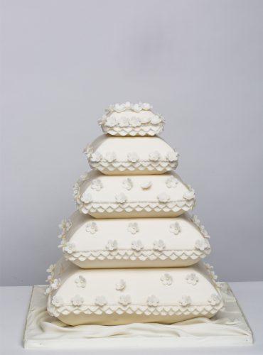 Wedding-steps-cake